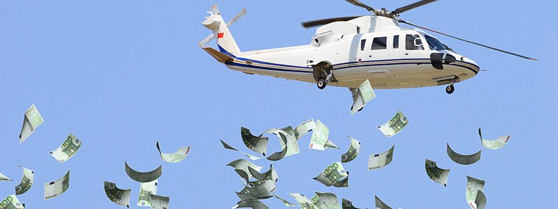 I soldi dall'elicottero